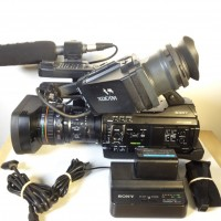 camcorder with lens + VF + mic - 830 HRS - 3 months warranty