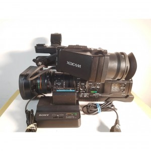 Sony PMW-300K1 (434 hours) w battery and charger