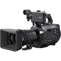 Sony FS7 Mk2 with kit lens