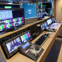 12-CAMERA DOUBLE EXPANDER HD 3G OB TRUCK - Image #10