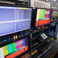 FIVE-CAMERA RIGID HD OB TRUCK - Image #9