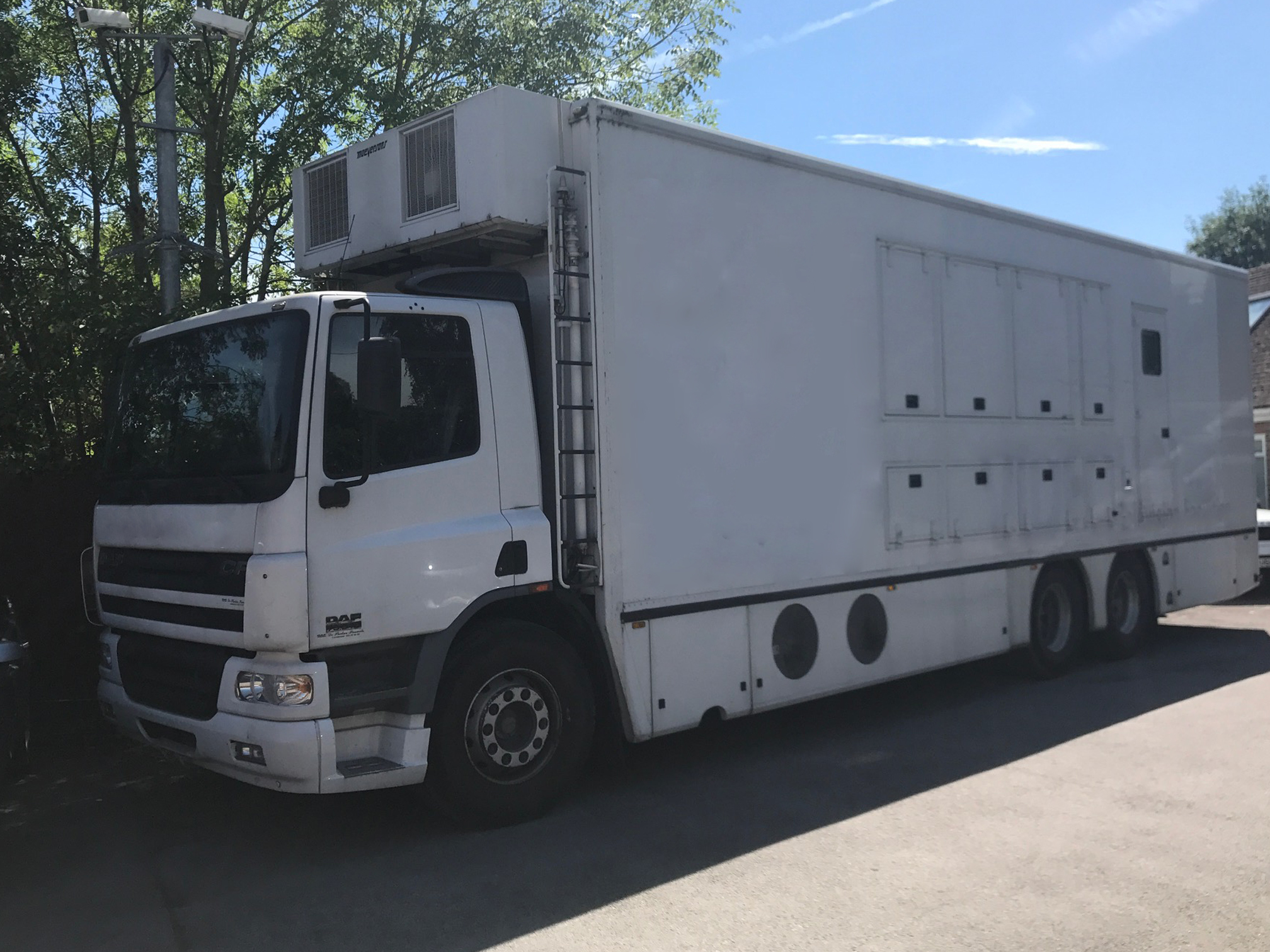 SOLD - Single Expanding Truck- REF DG001 - Image #1