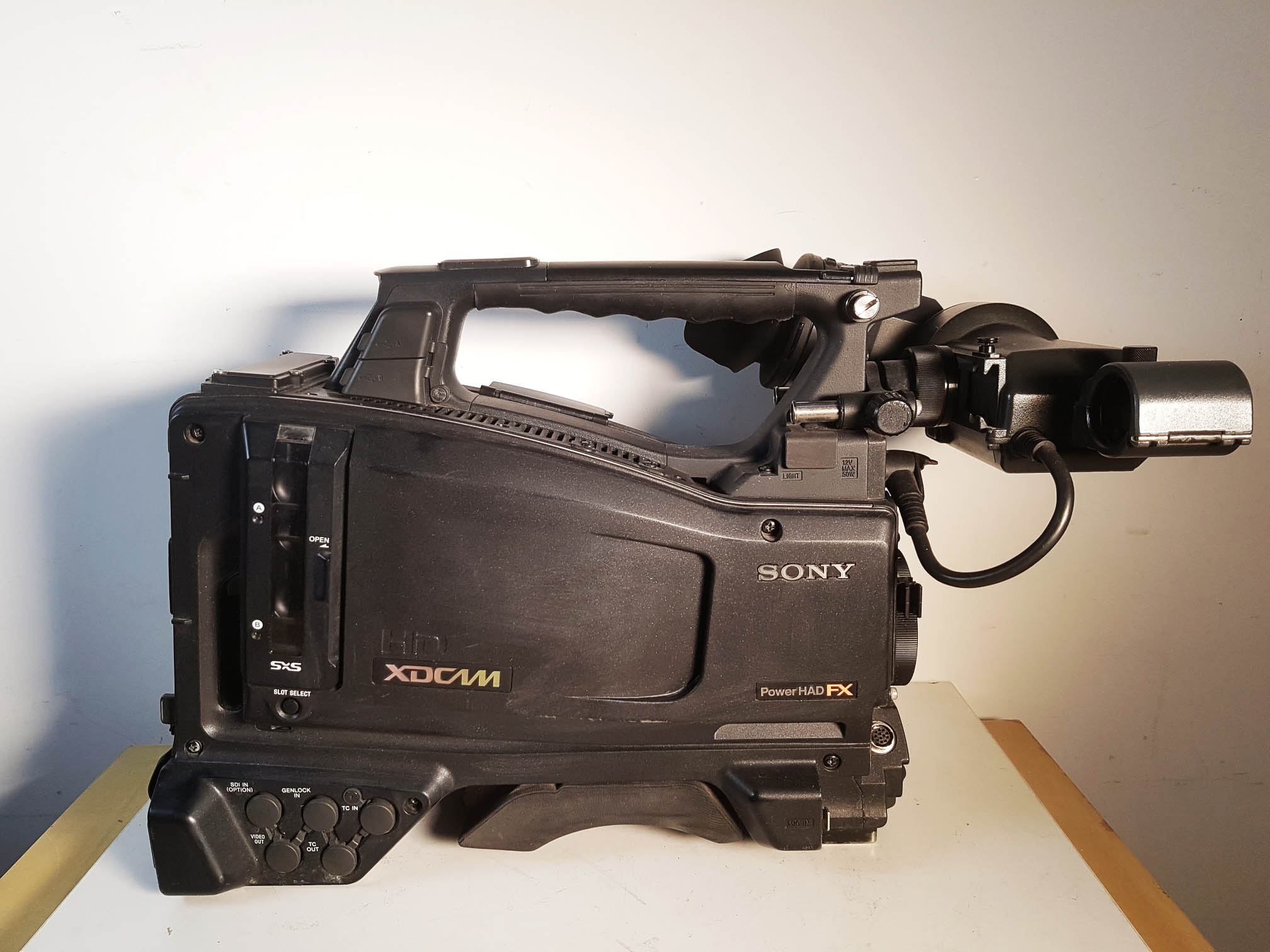 SONY PMW-500 + HDVF-20A - Image #1
