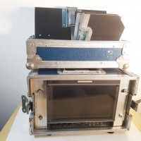 9 inches HD/SDI monitor in flight-case with V-mount power suply