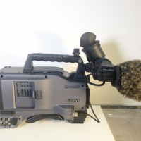 HD P2 Camcorder with VEQ4548, 1107 hrs ope - microphone and Porta-Brace cover