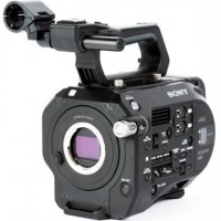 4K Super 35mm Exmor CMOS Sensor XDCAM Camera with an E-mount Lens Mount, 4K/2K RAW and XAVC Recording Options (Body Only)