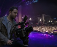 Hayslett Takes Sachtler Ace M on Tour with MUSE