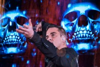 XL Video Takes The Crown With  Robbie Williams
